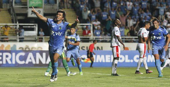 AlbertoAcevedo_OHiggins_FuerzaAmarilla_CopaSudamericana